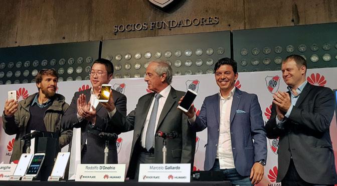 Huawei suma a River a su equipo, con sponsoreo de camiseta y conectividad del Monumental