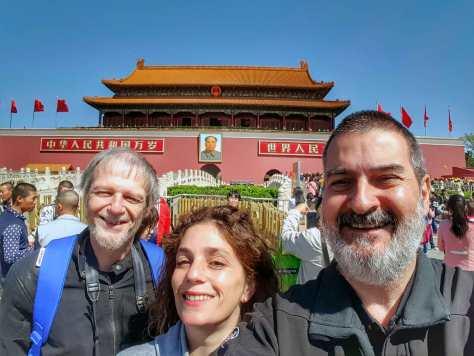 Con Damián Kantor y Debora Slotnisky. Ciudad Prohibida, Beijing, China, abril.