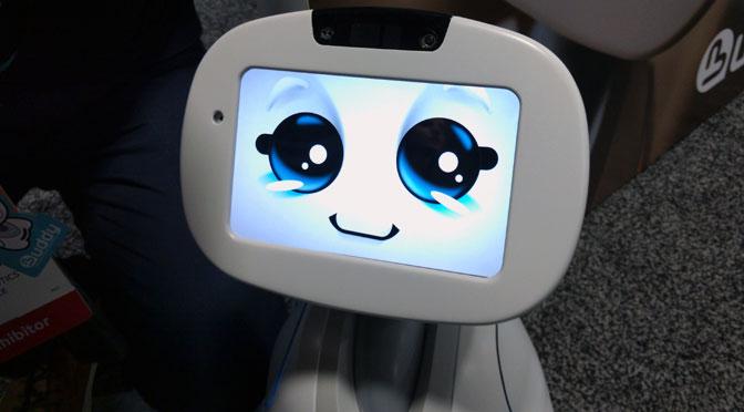 Japón empleará robots para enseñar inglés a partir de 2019