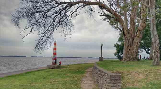La costanera de Chascomús