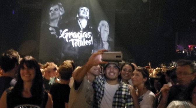 Las «selfies» del público en «Sép7imo día» del Cirque du Soleil