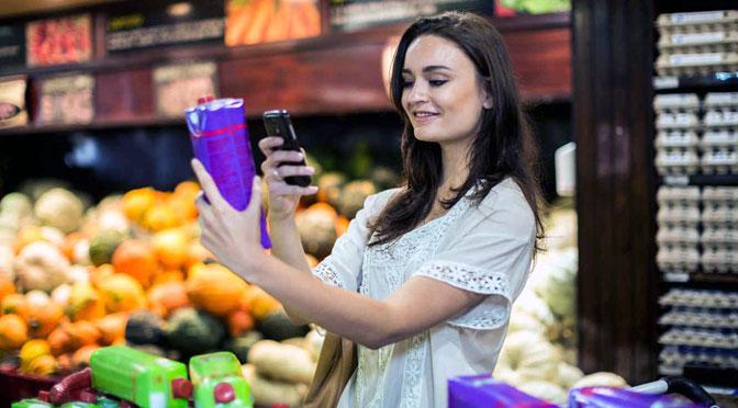 El móvil se convierte en el «mayordomo» de los consumidores en el supermercado