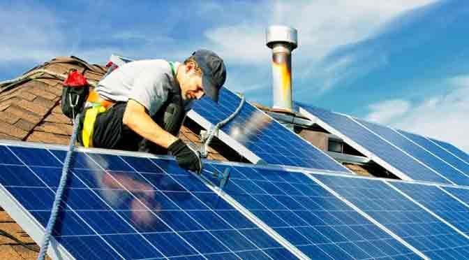 Capacitaciones gratuitas en energía solar térmica y fotovoltaica