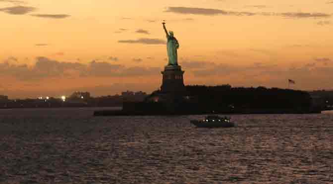 La Estatua de la Libertad desde el ferry de Staten Island a Manhattan