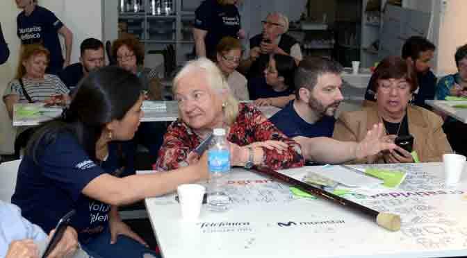 Más de 2.300 voluntarios de Telefónica realizan actividades en favor de más de 10.000 personas