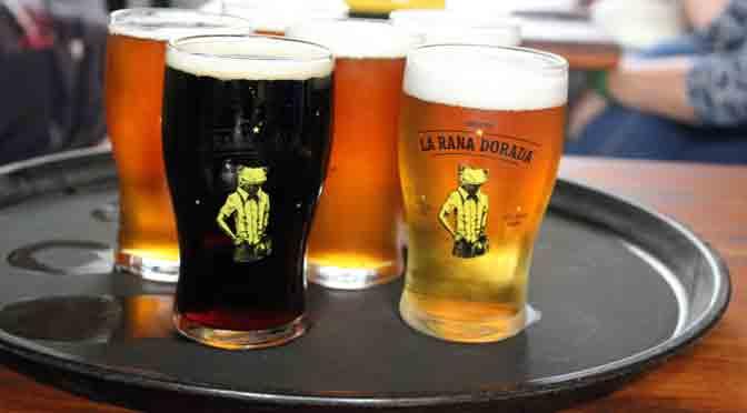 «La rana dorada», un pub de cerveza en Argentina a 5.300 km de Buenos Aires
