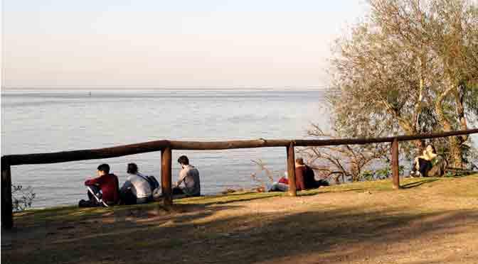 El río de la Plata desde la reserva ecológica de Buenos Aires