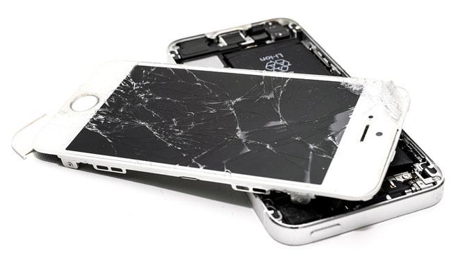 ¿Qué debes hacer si se rompe la pantalla de tu teléfono móvil?