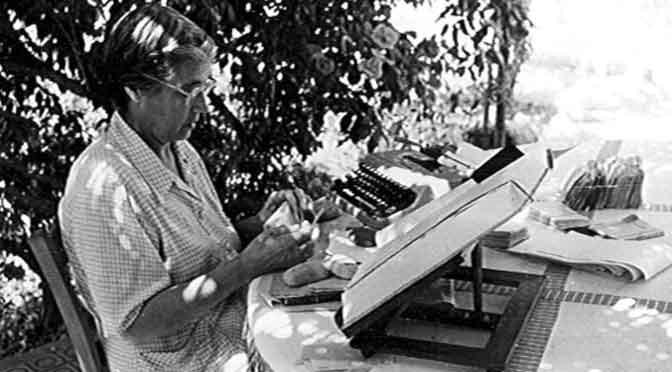 María Moliner, la mujer que escribió un diccionario a mano