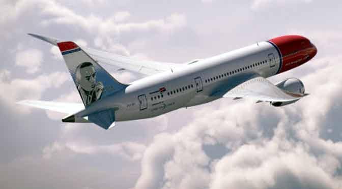 Norwegian homenajea a Xul Solar en la cola de uno de sus aviones