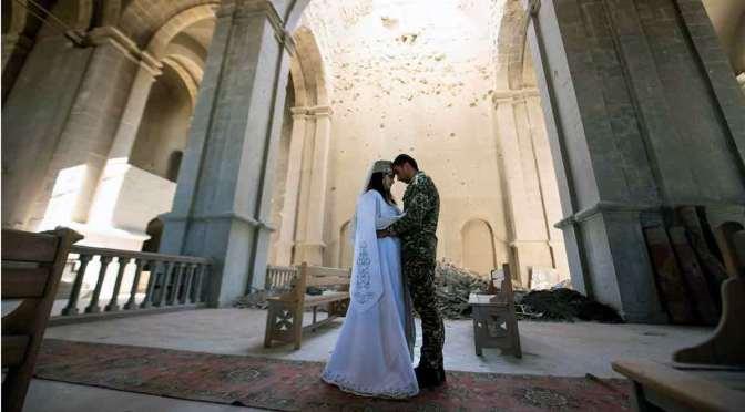Primera boda en la iglesia icónica de Artsaj, luego del ataque de Azerbaiyán