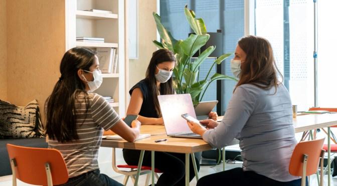 WeWork y SoftBank convocan a «startups» de mujeres en la Argentina