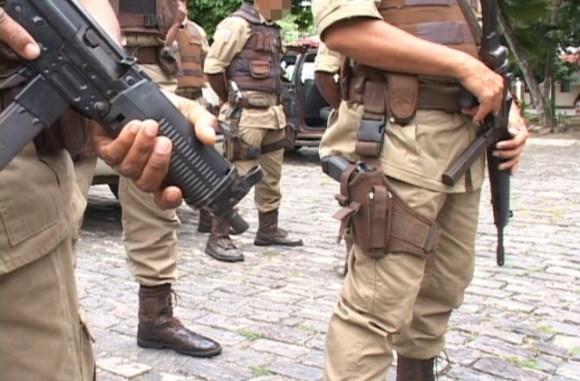 Resultado de imagem para POLICIA MILITAR DE SIMOES FILHO
