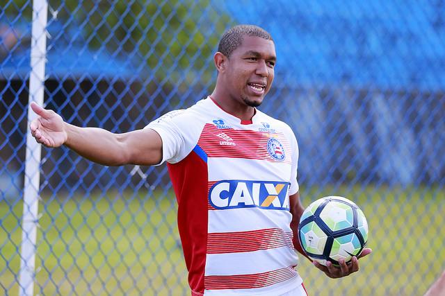 Bahia despacha o Vasco com goleada na Fonte Nova