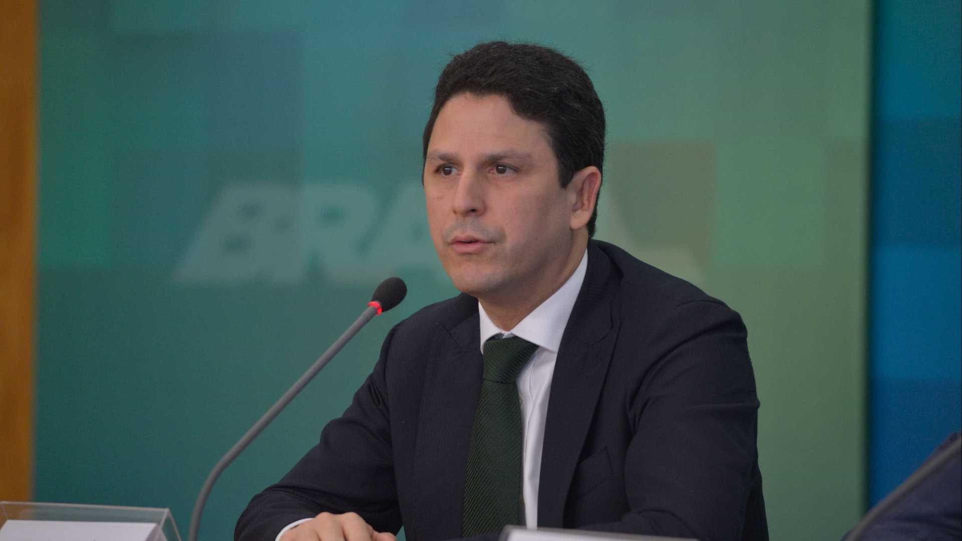 Bruno Araújo (PSDB) pede exoneração do Ministério das Cidades