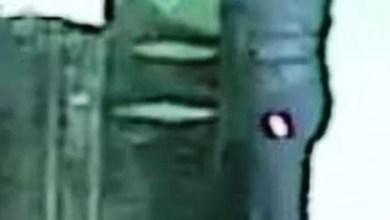 Photo of جهارًا نهارًا.. شاهد امرأة تطلق النار على مراهق في شارع بنيويورك