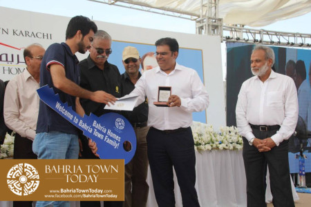 Possession Handover Ceremony of 200 Sq Yard Bahria Homes (Quaid Block) (10)