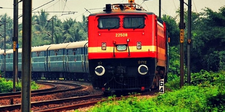 modi-government-modi-govt-approved-5-mhz-spectrum-in-700-mhz-frequency-band-for-better-rail-network-security