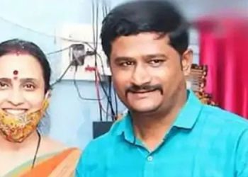 ashok-navale-committed-suicide-he-lodged-a-complaint-against-chitra-wagh-suporter-in-pandharpur