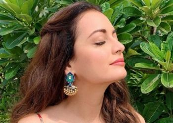 dia-mirza-share-a-tweet-about-gents-private-part-goes-viral