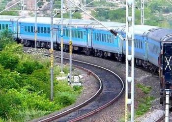 central-railway-imposes-speed-restrictions-several-stretches-tracks-have-been-damaged