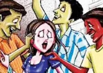 pune-criminal-threatens-35-year-old-woman-to-kill-her-husband-after-she-refuses-friendship