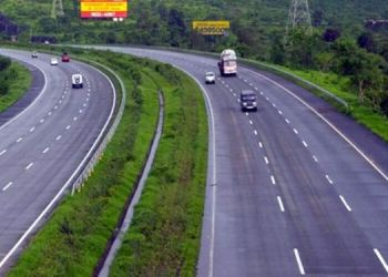 bombay-high-court-has-directed-show-the-progress-of-mumbai-goa-highway-to-national-highway-authority-and-public-works-department