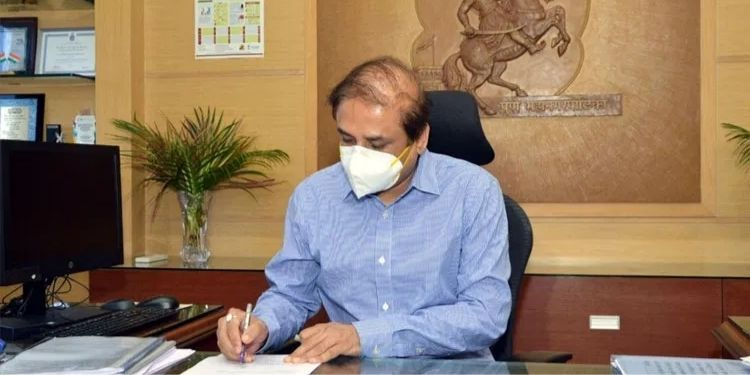 pune-pune-municipal-corporation-has-taken-a-big-step-to-ensure-that-oxygen-is-not-depleted-said-commissioner-vikram-kumar-ordered-oxygen-from-bellary-too