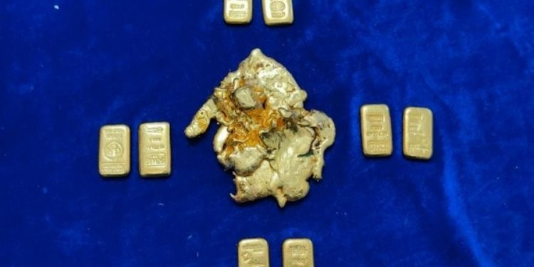 crime-6-kg-gold-biscuits-seized-airport-customs-action-chennai