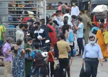9 lakh people left after lockdown like restrictions imposted in state amid surge in covid cases says sbi research report