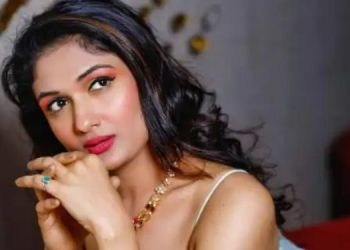 eesha-agrwal-on-casting-couch-director-said-remove-your-clothes