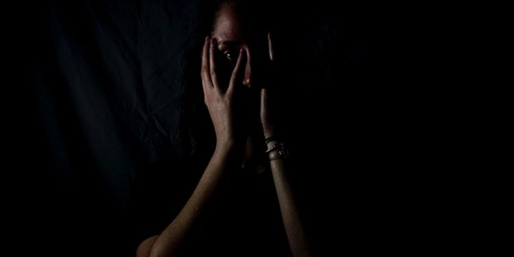 pune-32-year-old-woman-raped-for-hiding-personal-information-fir-lodged-at-airport-police-station