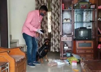 pune-robbery-at-police-inspectors-house-in-shirur-rs-3-lakh-stolen