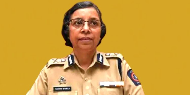 Serious allegations against a Superintendent of Police including Rashmi Shukla; Complaint to police, demand for action