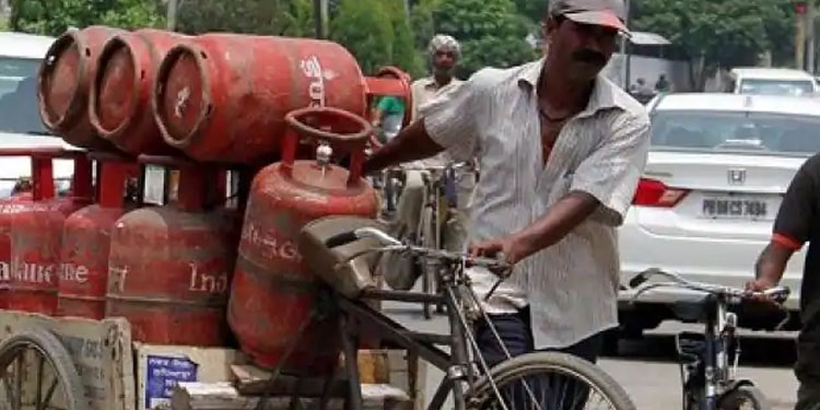 lpg cylinder becomes expensive from today know the new rates released on july 1