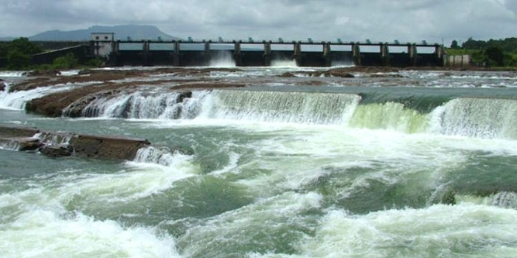 Rain in Western Maharashtra   In Khadakwasla project, water supply was increased by one TMC in 24 hours; Heavy rains in Krishna-Bhima valley soothed farmers.