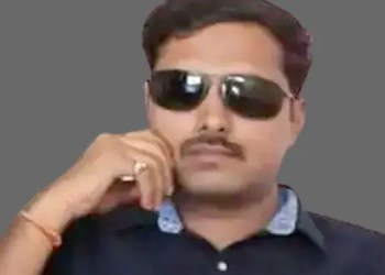 Police Officer Suicide psi anil mule committed suicide by hanging himself on the side of the road at amravati