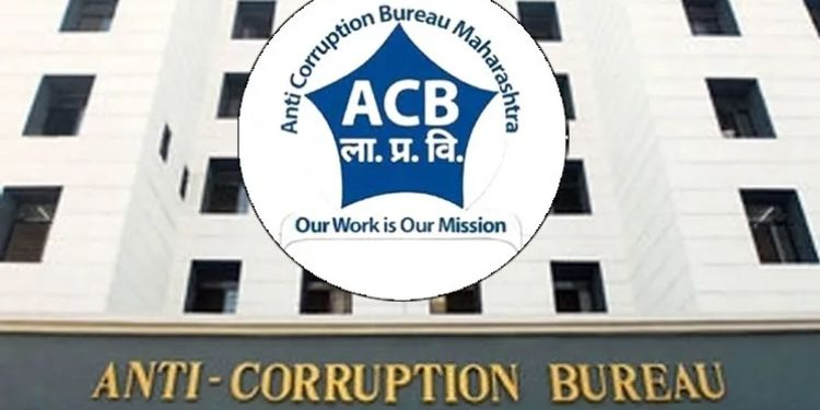 Thane Anti Corruption   Demand for Rs 1 lakh again after taking bribe of Rs 4 lakh, Branch Engineer in Public Works Department caught in anti-corruption net.