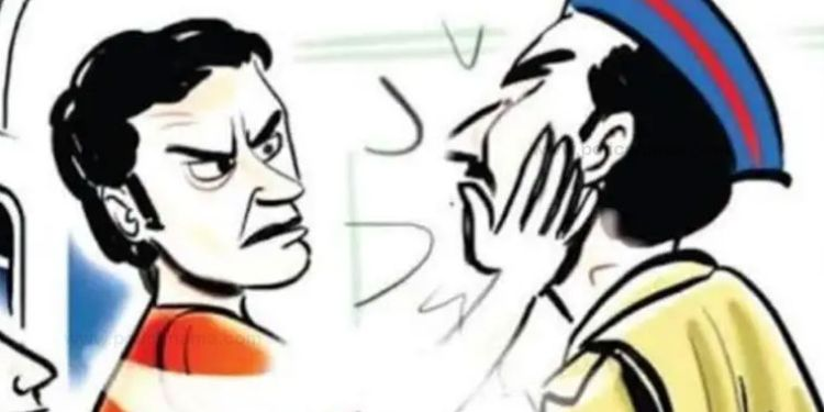 Pune Crime | Asking to pull over, he grabbed the collar of a police officer and arrested the two.