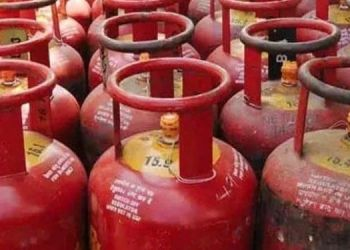 LPG Commercial Gas Cylinder Price   commercial gas cylinder price hiked by rupees 43.
