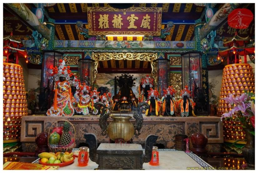 Temple_158_35_comser1070.jpg