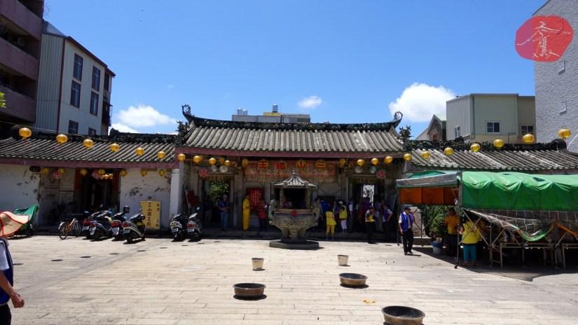 1631_1470_02_Temple.jpg