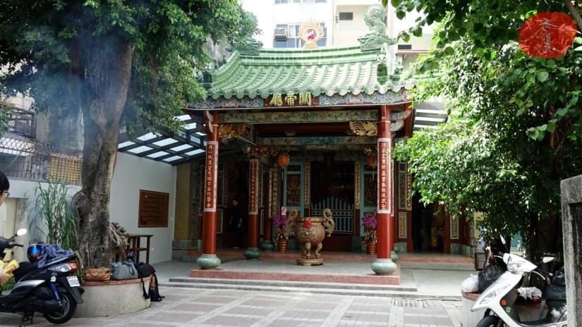 2005_1425_03_Temple.jpg