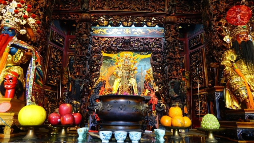 2067_1356_03_Temple.jpg