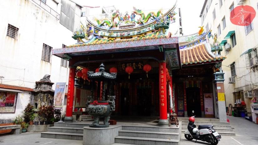 Temple_660_01_comser1414.jpg