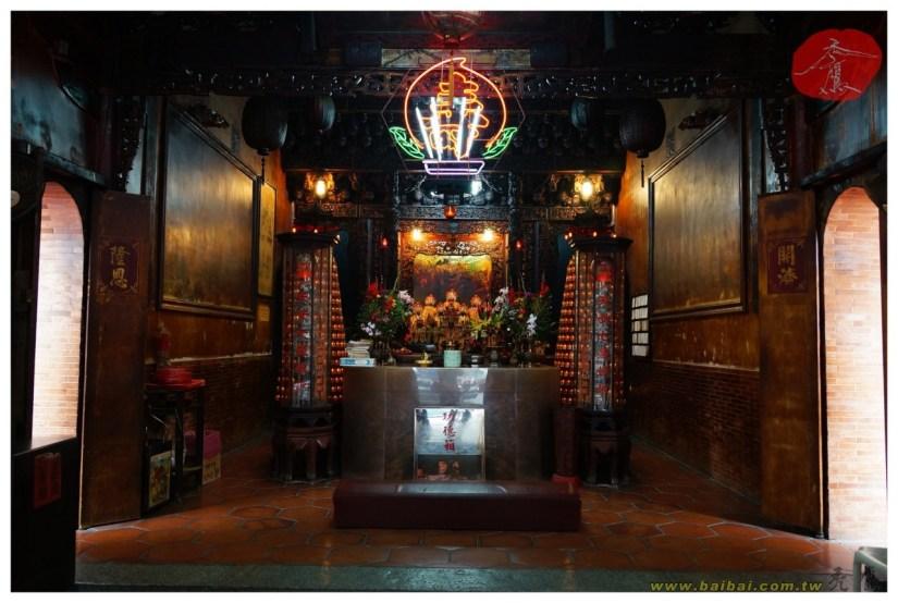 Temple_675_03_comser1407.jpg