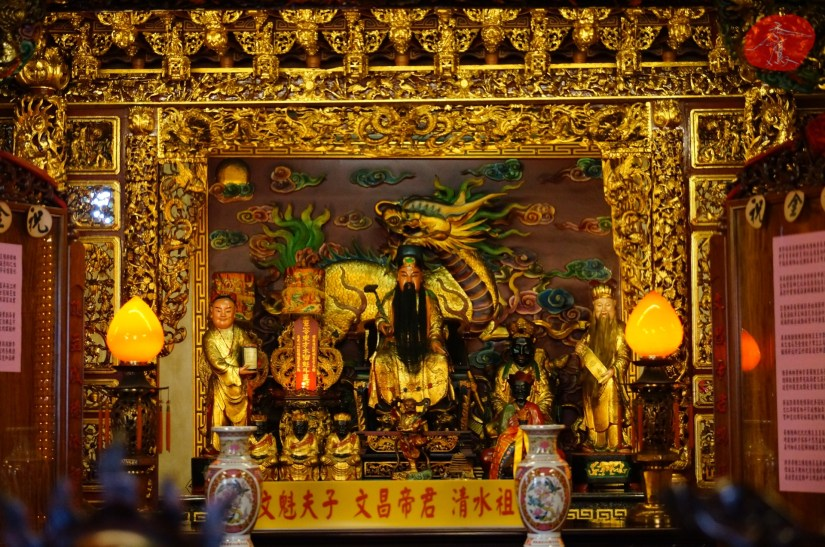 Temple_7070_16_comser4158.JPG