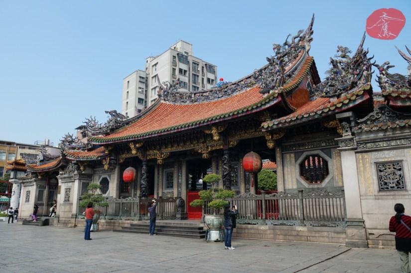 7403_4189_25_Temple.JPG