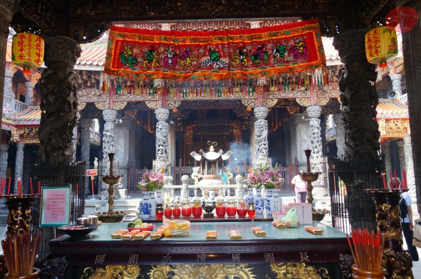 7798_4637_008_Temple.JPG