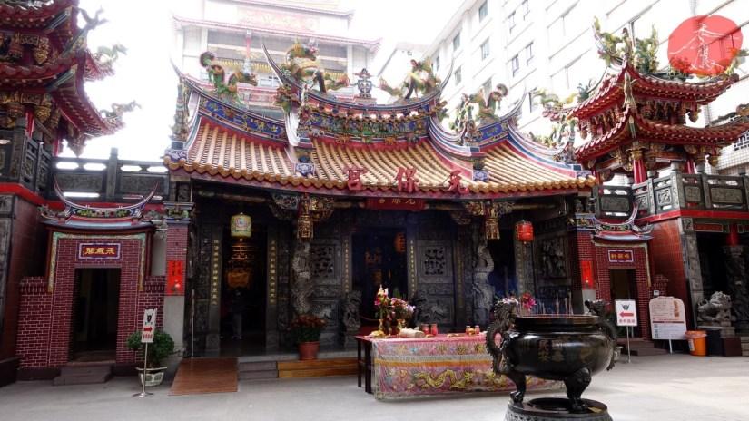895_3249_03_Temple.jpg